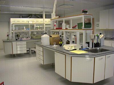 Laboratoriokalusteet